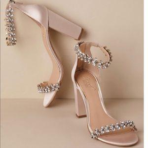 Never worn Jewel Badgley Mischka Mayra Block Heels